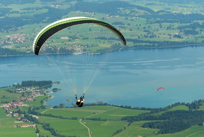 Fürs Paragliding eignet sich das Allgäu ideal.